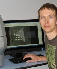 Dr Piotr Chmielarz