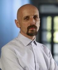 Dr Michał Korostyński