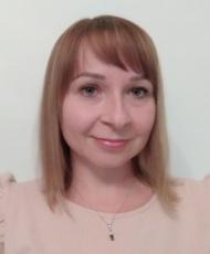 Dr Katarzyna Głombik