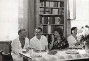 Otwarcie biblioteki wnowym budynku, 1977 r. (od lewej: A. Dłużniewski, J. Maj, R. Seidl, E. Mogilnicka) / The opening meeting of the library in the new building, 1977 (from the left: A. Dłużniewski, J. Maj, R. Seidl, E. Mogilnicka)